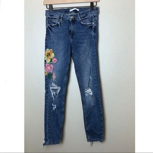 Zara Embroidered Distressed Skinny Jeans 4